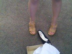 Shoe Shopping (cont)