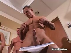 Beautiful Muscles- Johnny Dirk
