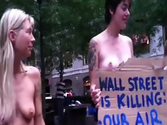 ‪Topless Protesters at Occupy Wall Street