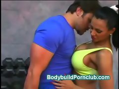 Gorgeous stacked Exotica warms her pussy up at gym