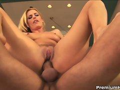 Slutty blonde milf babe darryl hannah rides this cock for cum