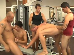 Hot jocks cooling up after workout enjoy hardcore gay orgy fuck