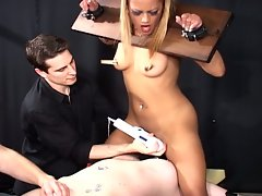 Slave blonde wants her pussy gets fuck hard