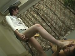Amateur japanese slut getting wild and dirty on the floor