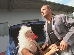 Nasty blonde milf hardcore fucking in parking area