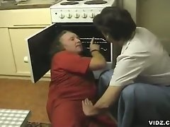 She doesn't want her oven to be fixed, but also her scorching hot...