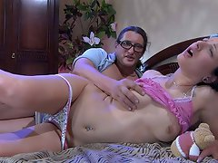 Greedy oldie gets access to sweet tits and a muff pie of a sleeping...