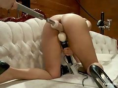 Isis Love squirting while machine fucks her pussy, she gapes from 8...
