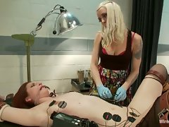 All natural redhead finds herself in an electrifying predicament...