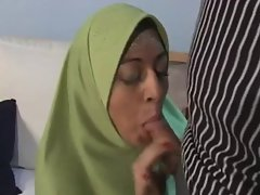 ARAB Muslim HIJAB Turbanli Girl FUCK 4 - NV