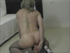 Blonde Crossdresser In Amateur Solo