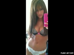 huge tits slideshow