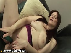 Horny mature mom loves to fuck