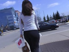 Candid Mall Naughty ass in Yoga Pants + Interaction with Her