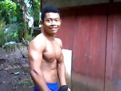 Binaraga Indonesia Berpose 01
