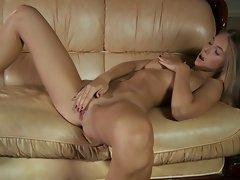 Masha demonstrates sweet virgin slit