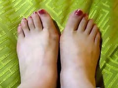 (2) My asian GF's feet, toes and soles! Chinese foot fetish!