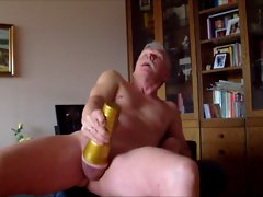 Grinding my Fleshlight (HAPPY WANKING 21)
