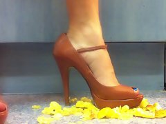 Apple Crush with Sensual Heels