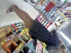 upskirt in supermarket