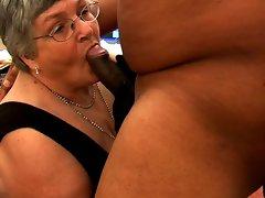 Granny likes ebony penis